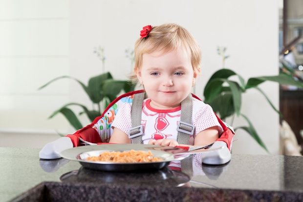 Manter a cadeira de alimentação higienizada é importante para a saúde dos bebês