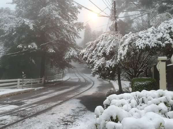 Neve em agosto 2013. Note que esta foto é colorida!! Brrrrr muito frio. Minha foto